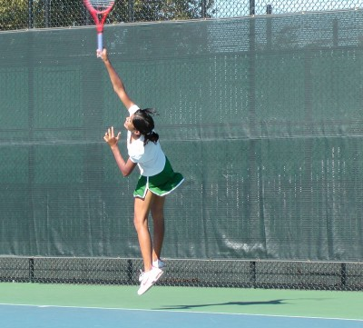 Girls' tennis trounces Los Altos 6-1