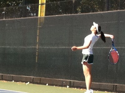 Brief: Girls tennis falls to Aragon in scrimmage