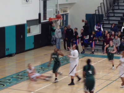 Brief: Girls' basketball defeats Wilcox 45-33 in CCS semifinals