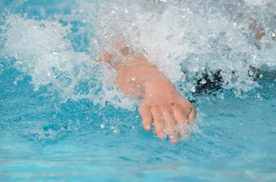 Girls' swimming loses, snapping winning streak; Boys' swimming beats Gunn