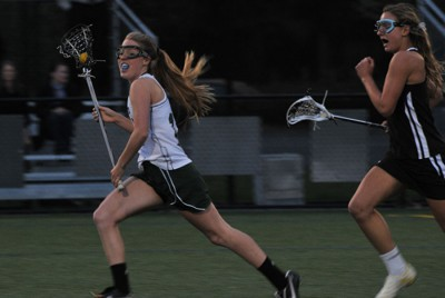 Girls&#8217; lacrosse crushes Pioneer, 16-3