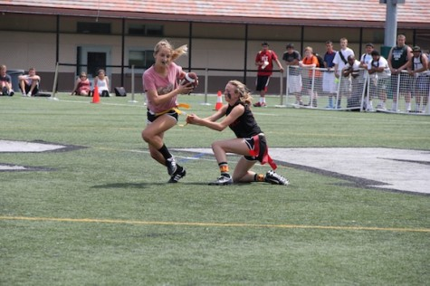 Sophomores triumph over the Juniors on Day 2 of Powderpuff